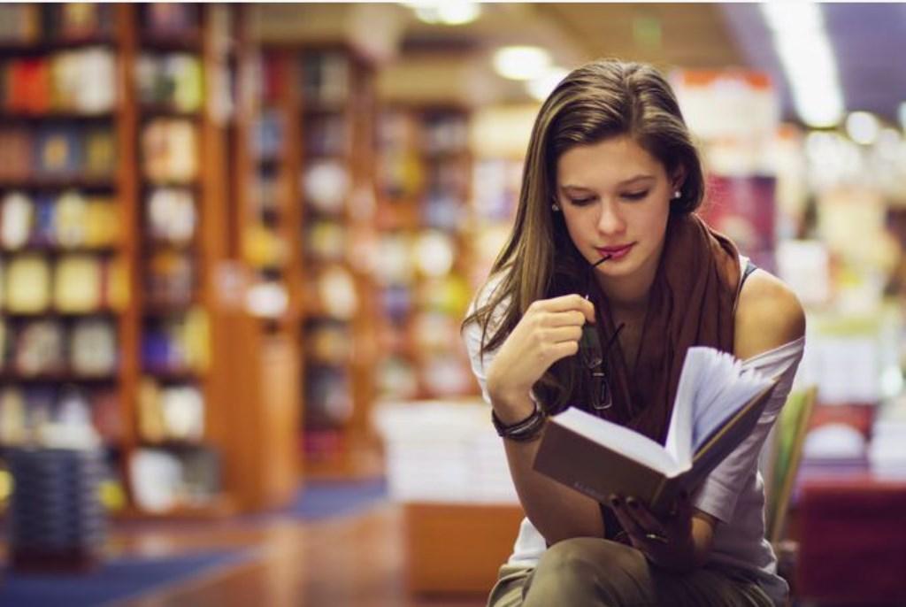 De Bibliotheek em de OMO Onderwijsgroep willen jongeren meer laten lezen.