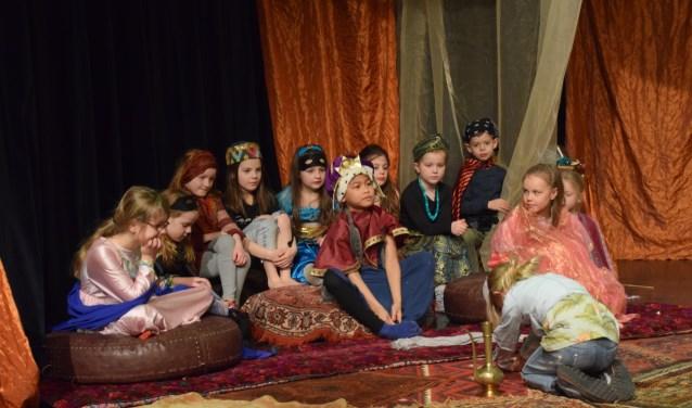 In de Speel- en Zin week van Cultuurkust maakten de kinderen een eigen versie van het sprookje 1001 Nacht