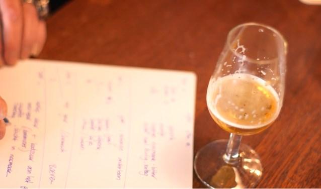 Na het positief afronden van de eindtoets mag de cursist zich officieel Bierista, Meester in Bier noemen. (Foto: PR)