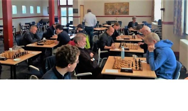 Het strijdtoneel afgelopen zaterdag in Denksportcentrum De Commanderij.
