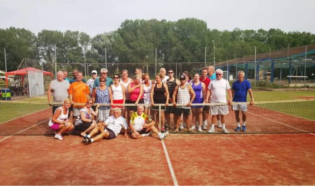 Kom kijken op de open dag van Tennisvereniging Zalmplaat.