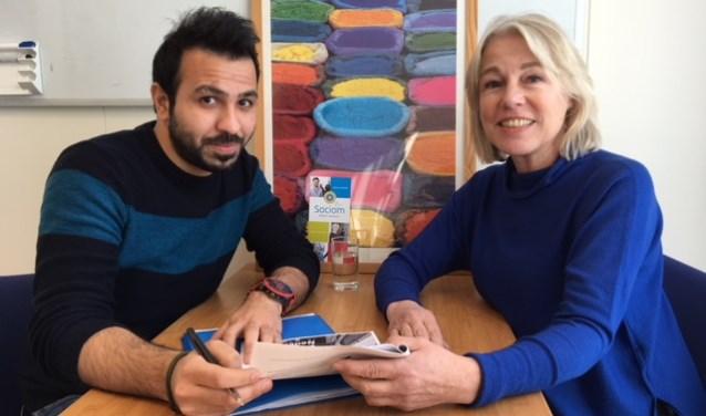 Mohamad (links) gaat voor zijn kansen in Nederland.
