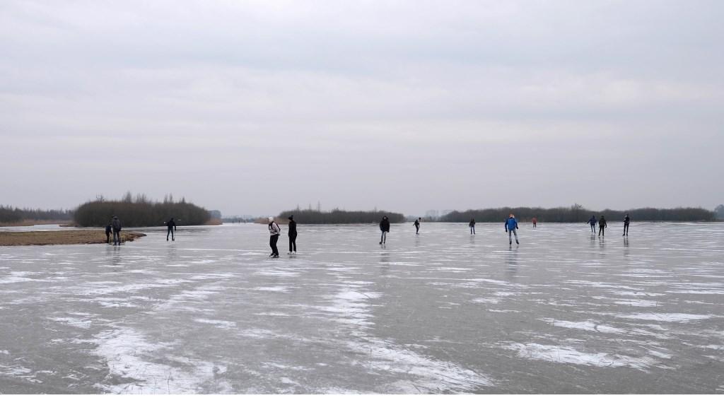 De laatste dag op het ijs winterseizoen 207-2018 in Amerongen. Zo wijds was het in de Amerongse Bovenpolder.  © Persgroep