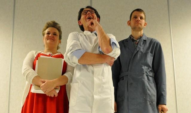 Toneelvereniging Spelenderwijs brengt op 10, 11, 17 en 18 maart een komedie op de planken. (persfoto)