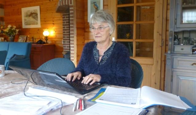 Gerrie is dé vraagbaak van de vogelwerkgroep voor buitenstaanders. Veel activiteiten doet ze samen met Wim, haar echtgenoot.