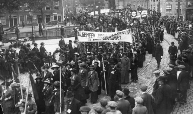 Internationale vrouwendag in Alblasserdam wordt gehouden met de komst van Lutz Jacobi. (Foto: pr)