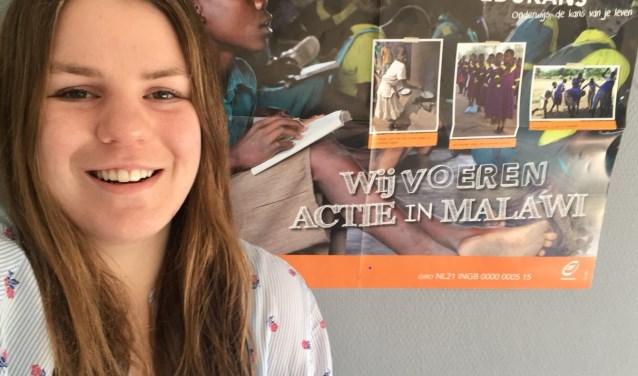 Romy van der Meer zit in de startblokken om te vertrekken naar Malawi om kinderen aan beter onderwijs te helpen. (Foto: Peter Spek)
