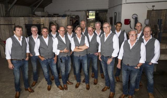 De Barghse Jonges zijn druk met het organiseren van een groot benefietconcert dat op 29 september wordt gehouden in 's-Heerenberg. Uiteraard zullen zij ook diverse nummers van hun cd Vier 't Lève zingen. (foto: Robin Sommers)