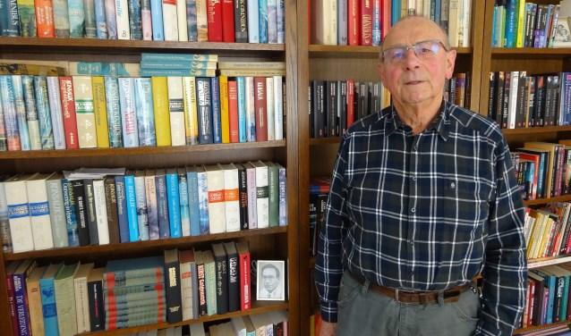 Wim Struijk (75) is al meer dan 45 jaar lid van Koninklijke Schuttevaer afdeling Sliedrecht. (Foto: Eline Lohman)