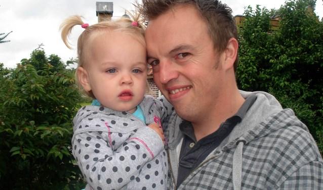 Tony van der Linden met dochter.