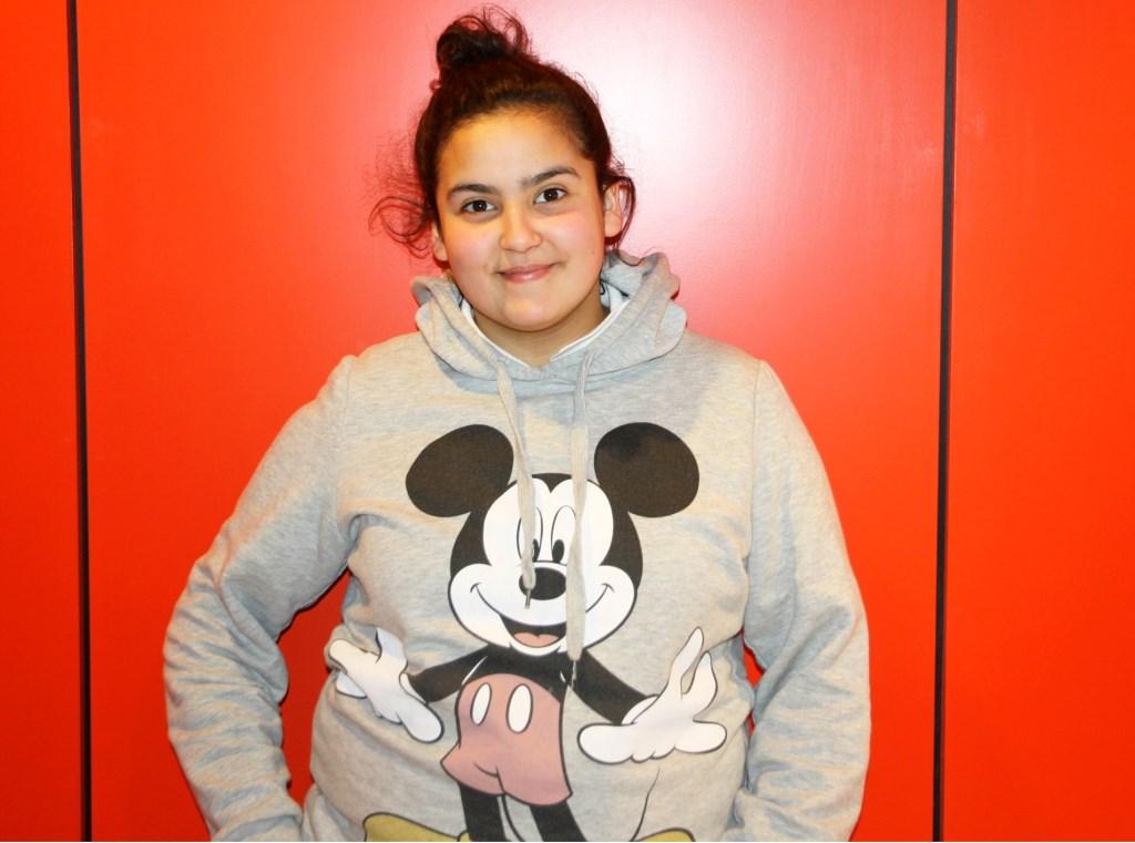 Meryem Dallali uit Ede is één van de dove kinderen die een finaleplaats wist te bemachtigen voor deze bijzondere wedstrijd verhalen vertellen in gebarentaal.