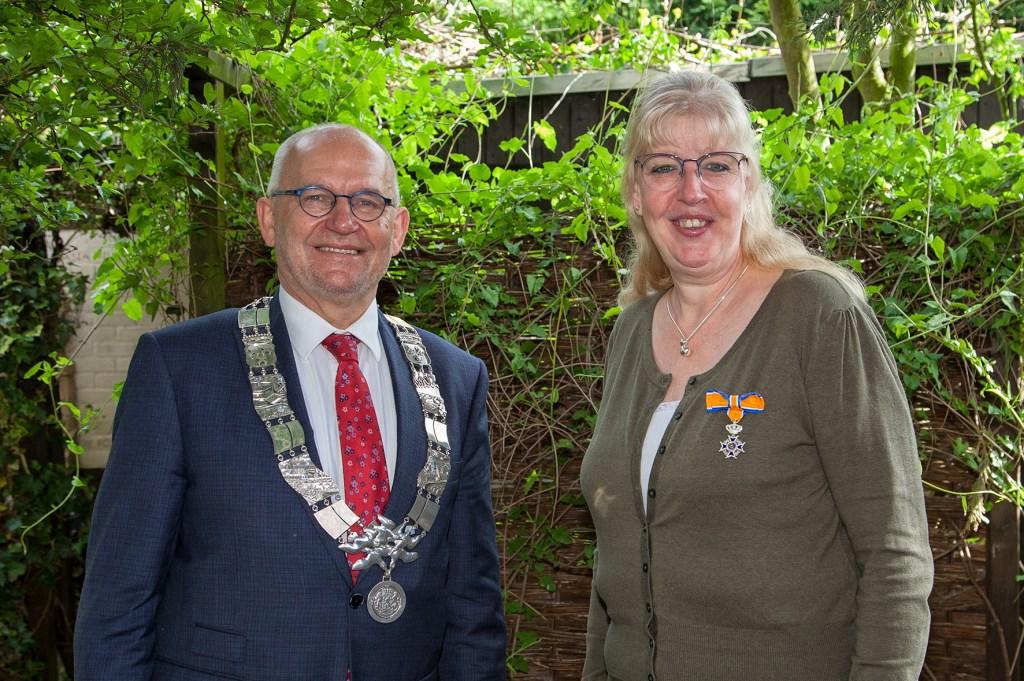 Annelies Osseforth-Koppers werd onderscheiden tot Lid in de Orde van Oranje-Nassau. (FOTO: Cees van Meerten)   © Persgroep