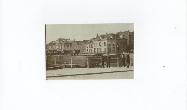 De Coenderstraat voor zoals deze vroeger was.