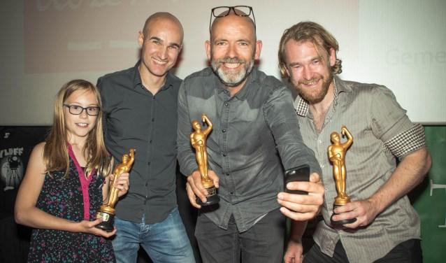 De winnaars van 2017: Erin Alblas (beste actrice), Arno Tessers (organisator Vlaardings Filmfestival), Vertegenwoordiger van Team Gers (beste film) en Sytse Faber (beste acteur).
