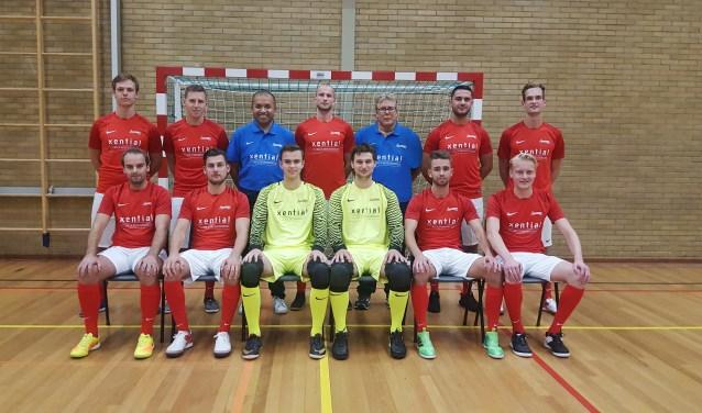 De zaalvoetballers van Excelsior'31 spelen binnenkort tegen Sporting Harderwijk.