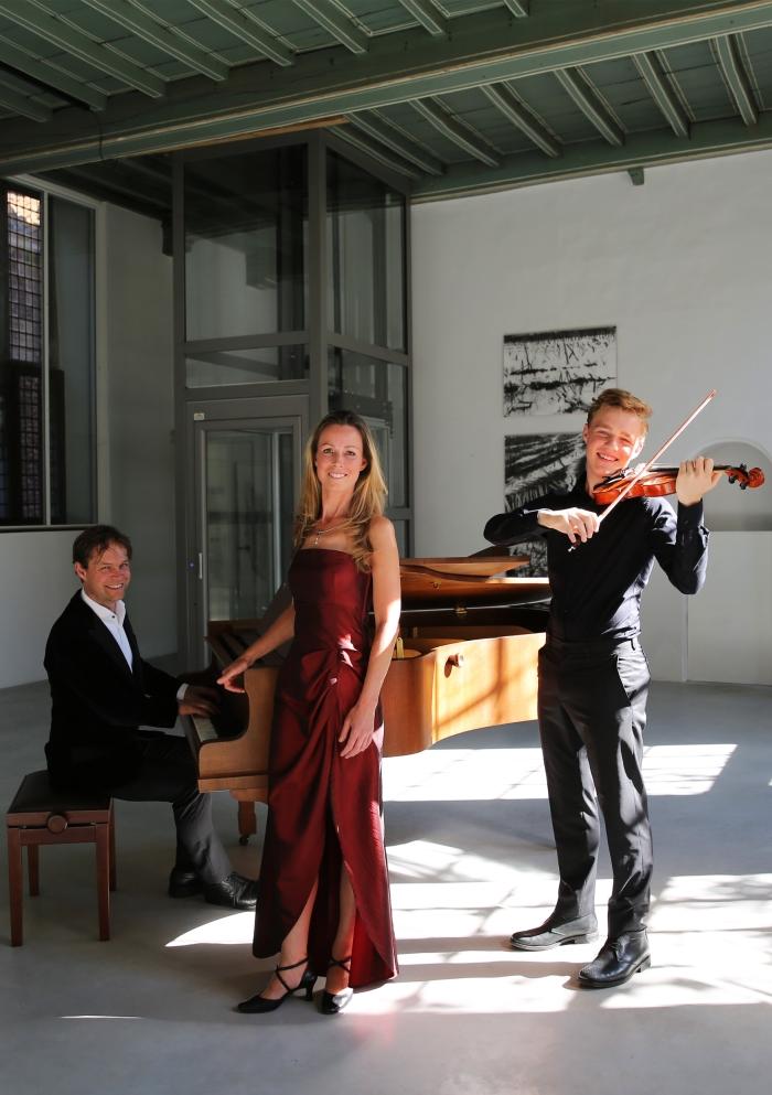 Trio Sonare eigen © Persgroep
