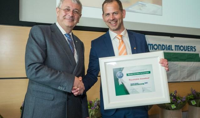 Mondial Verhuisbedrijf Henneken uit Zoetermeer won een prijs in de categorie 'Vriendelijkste binnendienst'.