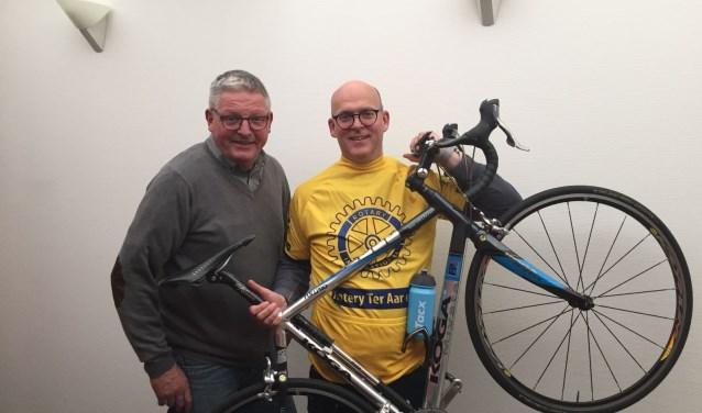 Zowel Kees Haverkamp (links) als Dennis van der Werff zijn vele maanden bezig geweest om het praktische gedeelte te regelen van de Rotary Bike Challenge op 8 april.