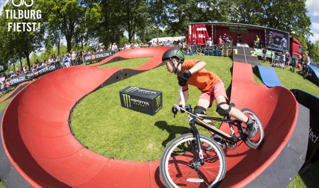 Kinderen kunnen op Koningsdag gelijk ook oefenen voor deBrabant Bike Battle, een informele maar spannende wedstrijd tot 12 jaar, dat het Tilburg Fietst Festival bezoekt op 16 september in de Spoorzone.