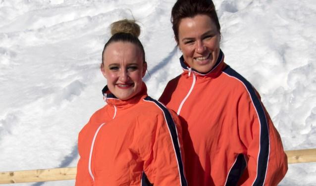 Anja de Fijter enMandy Stalenhoef uit Dussen zijn wereldkampioen geworden met hun pomponteam.