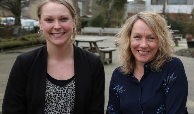 Foto: links Marion Vonk (dorpsambtenaar Harmelen), rechts Paulien Emidio (wijkambtenaar Molenvliet)