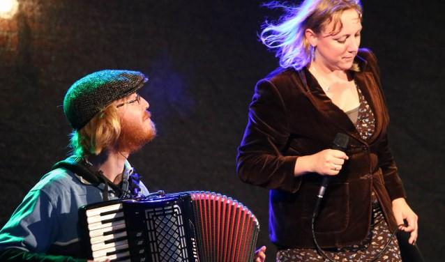 Onlangs is het Folkpodium Zeist opgericht. Dit podium, dat haar thuisbasis krijgt in het Torenlaan Theater in Zeist.
