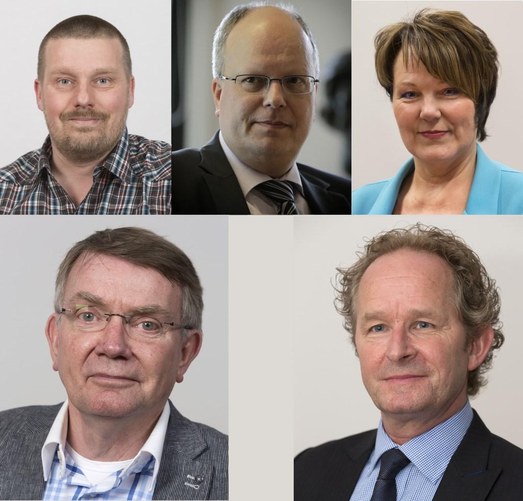 V.l.n.r. Henk van Os, Volbregt Smit, Cora van Vliet, Peter Meij en Marten Japenga. (foto's Gem. Ridderkerk)