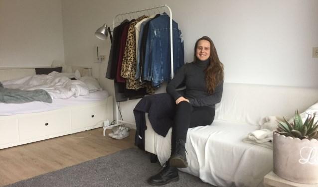 Roxanne Schoorl in haar eigen studio in De Jozef die zij sinds een paar weken bewoond.