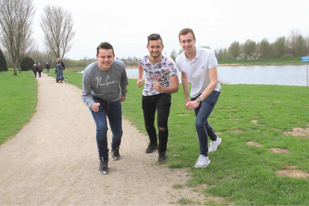 V.l.n.r.: Thijs Roelofs, Adnan Islamovic en Brian Baaijens.