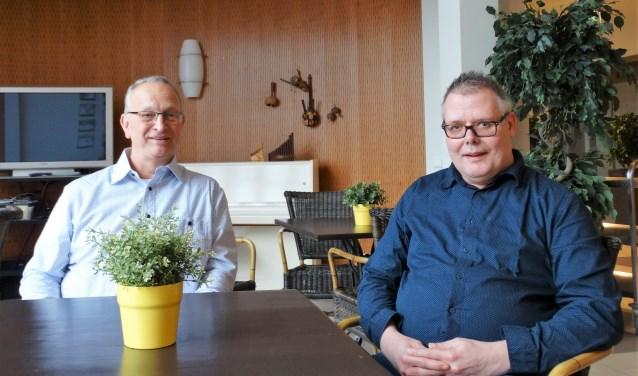 Riny Buijs (links) is in zijn vrije tijd mentor van Wim Schaap. (foto: Elisa Kuster)