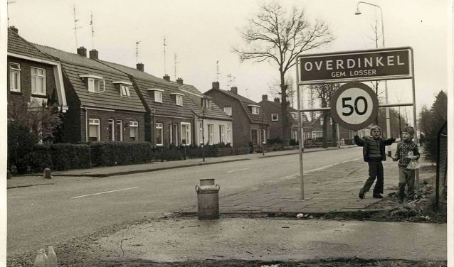 Benieuwd naar de foto's? De pagina is te vinden als 'Oud Overdinkel' op facebook.