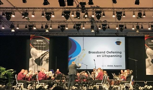 De reis naar Galati in Roemenië  volgt na een enorm succesjaar voor brassband Oefening en Uitspanning