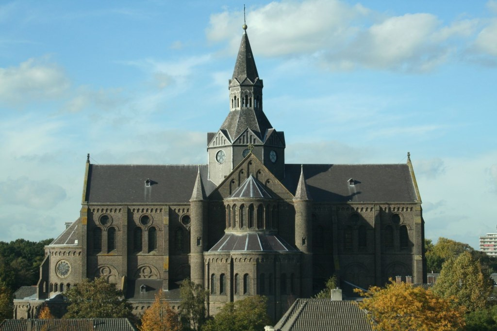 De Petruskerk, van kerk tot ontmoetingscentrum.