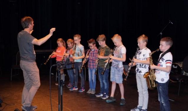 De afsluiting van het project werd gevormd door een heus concert voor alle leerlingen en ouders van de school in Theater de Kappen.
