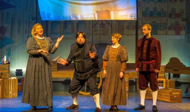 De voorstelling Lang geleden…, is gebaseerd op het bekende kinderboek van Arend van Dam.