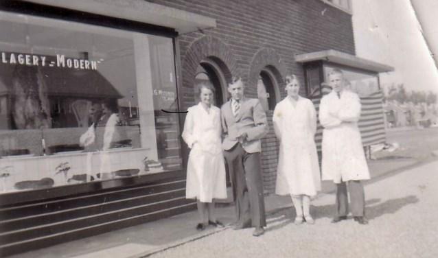 Slagerij Modern is 15 juli 1939 geopend aan de Laan van Cattenbroeck 17. In 1962 is de winkel gemoderniseerd met een 4 meter lange toonbank, diepvriescontainers en zelfbedieningsbakken.  FOTO: archief familie Witteveen