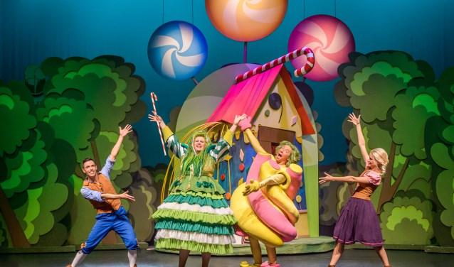 Kinderen die meedoen met de Sprookjesverkleedwedstrijd en verkleed naar de musical komen, maken kans op sprookjesachtige prijzen!