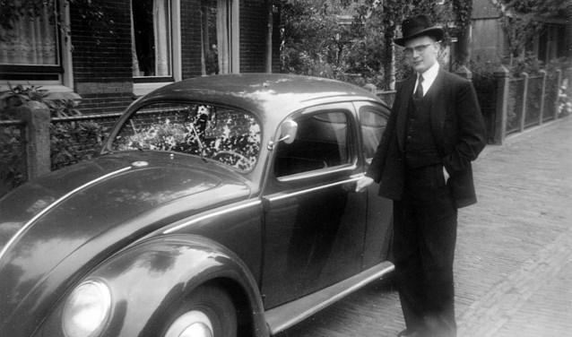 In 1955 wordt J. van Haaren toegelaten op de Theologische School in Rotterdam.