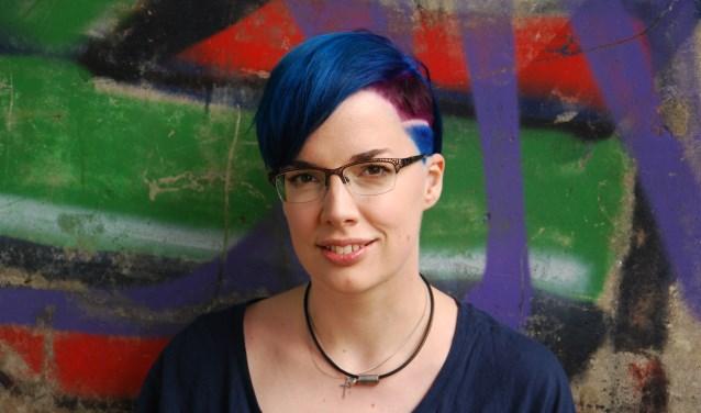 De Independent Bookstore Day wordt in Wierden afgesloten met een meet&greet met schrijfster Marieke Nijkamp, bekend van haar debuutroman 'This Is Where It Ends'.