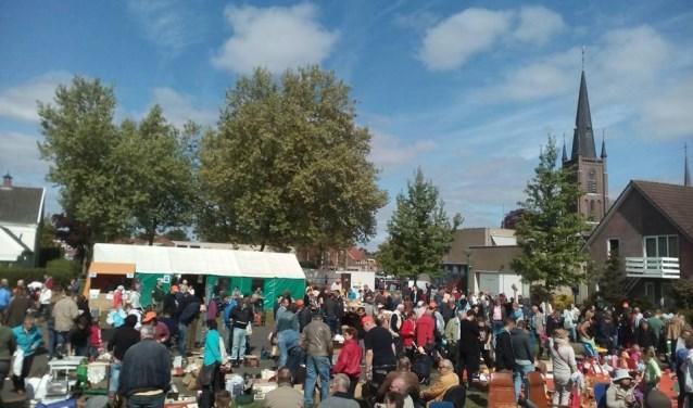 De jaarlijkse rommelmarkt in Haps wordt op donderdag 10 mei weer gehouden in het dorp.