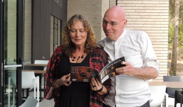 De dichters Bianca Hazenberg en Hans Daalmeijer treden op zaterdagmiddag 21 april samen op tijdens het vijfde Cultuurpodium in Het Gele Huis aan de Haagsemarkt 35 in Princenhage. De toegang is gratis.