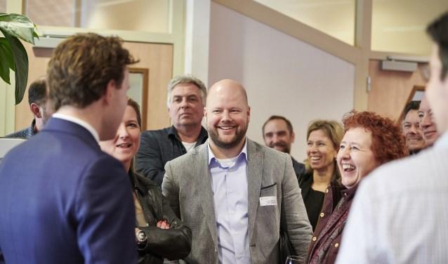 Tijdens een bezoek van zo'n 50 IKE-ondernemers aan het Werkplein hebben nog 18 ondernemers interesse getoond zich aan te sluiten bij 'Werk aan Werk'. Eerder deden al 37 bedrijven mee. FOTO: TIMO REISINGER