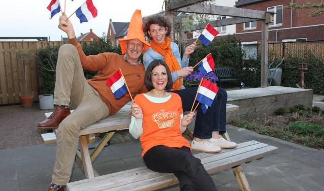 Het oranjecomité in Den Dungen onder aanvoering van Ad van Uden, Mirjam Ran en Laurie Korsten hebben ook dit jaar, met hulp van velen, gezorgd voor een mooi programma met Koningsdag. foto Wendy van Lijssel