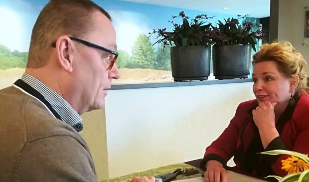 Geert Pepping en Evian Havens samen in gesprek.