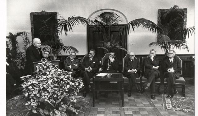 Dankwoord door Baron Speyart v Woerden in het stadhuis van Breda. Foto: beeldcollectie B. Speekenbrink 19670477