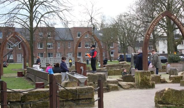 In de kloosterspeeltuin zijn – behalve als het regent – altijd kinderen te vinden. (Foto: Lysette Verwegen)