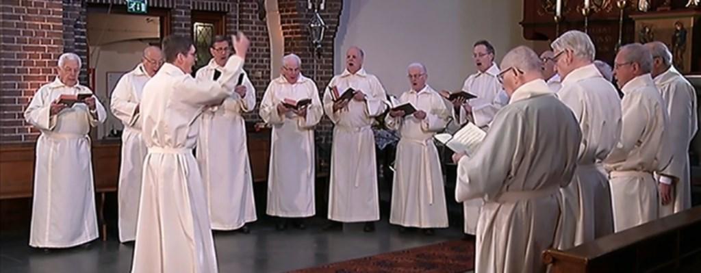 Sint Jozefkoor in hun kerk