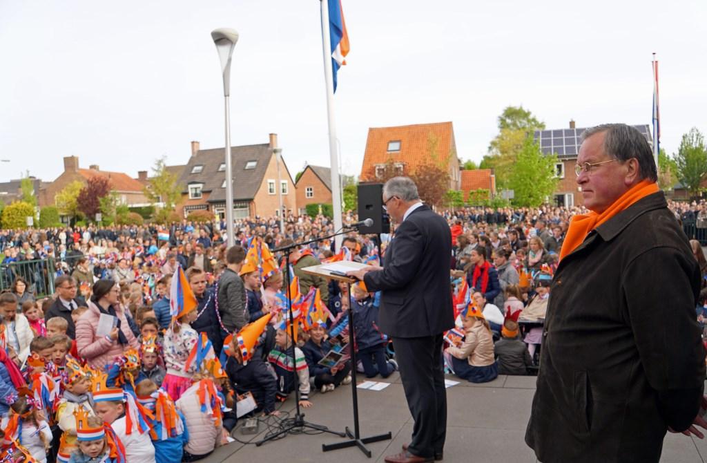 Toespraak Nees van Wolfswinkel in Opheusden.  © Persgroep