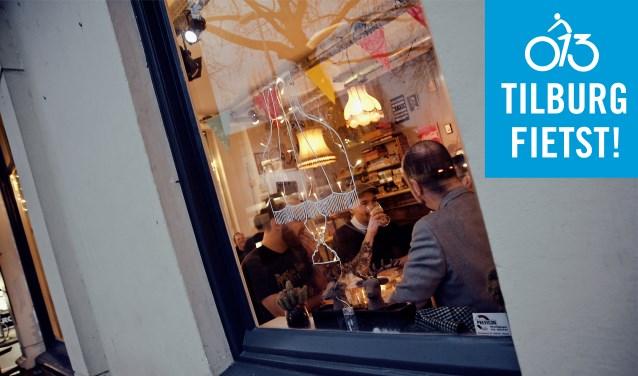 Op de Korvelsweg, dat samen met de Besterd de Linten vormt, vind je bijvoorbeeld dit verrassende plekje: Cafe Berlijn.