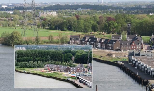 De foto met bos is van midden vorig jaar. De andere foto geeft de huidige situatie bij het water aan de Nieuwe Maas weer. Tussen de bomen door is Het Huys te zien. Op de voorgrond de nieuwe woonwijk Riederwerf. (foto GvS)